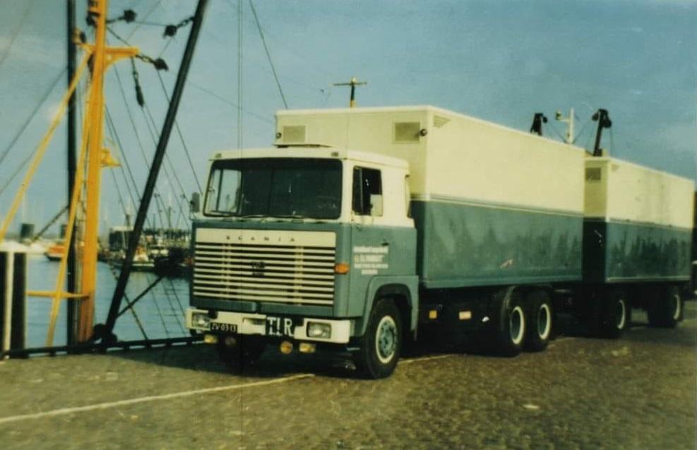 Scania--Anne-Jans-Oosterbaan-Begin-jaren-70-aan-de-haven-in-breskens--
