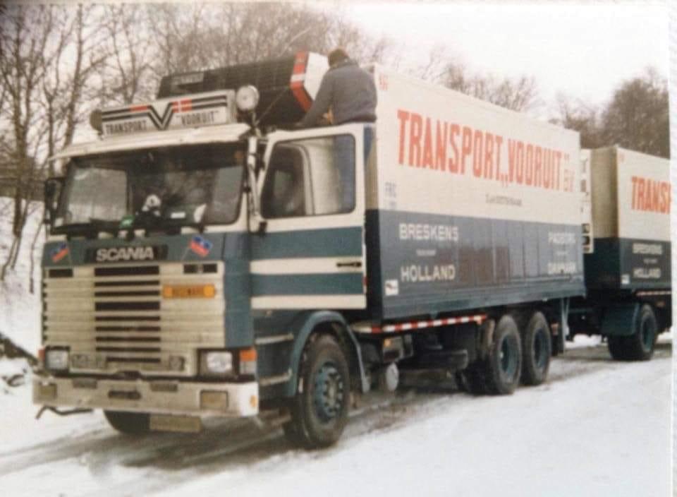 Scania--Even-temperatuur-controleren-bij-Hamburg--en-dan-weer-het-gas-der-op--Anne-jans-Oosterbaan--