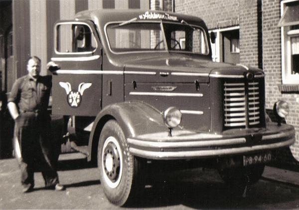 0-Kromhout--PB-94-60-Chauffeur-M--Klooster