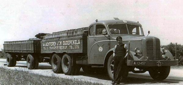 0-Mack--A-13457-Chauffeur-Leendert-van-Achteren