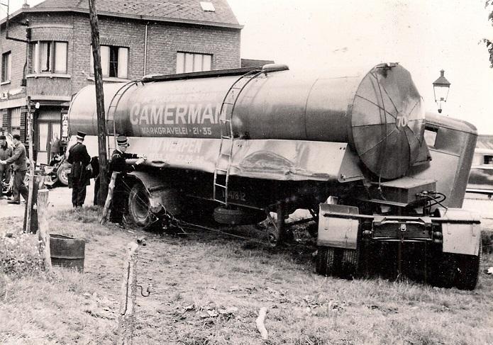 Woensdag--25-mei-1956-Waarloos---ter-hoogte-van-de-brouwerij-Maes--(3)