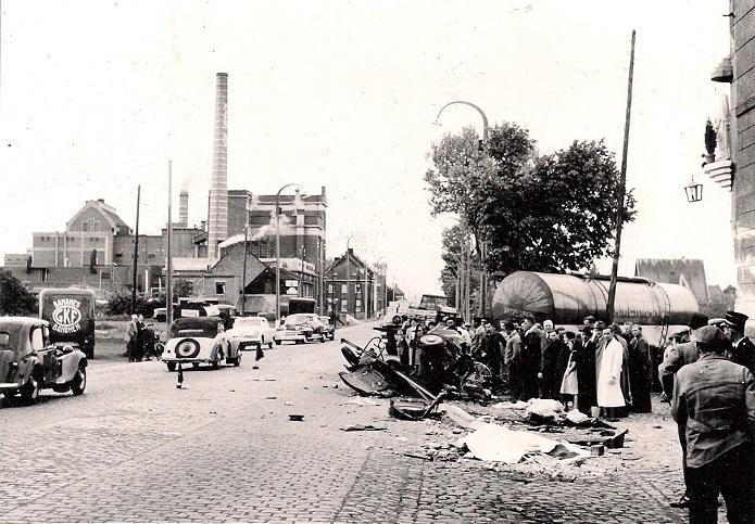 Woensdag--25-mei-1956-Waarloos---ter-hoogte-van-de-brouwerij-Maes--(4)