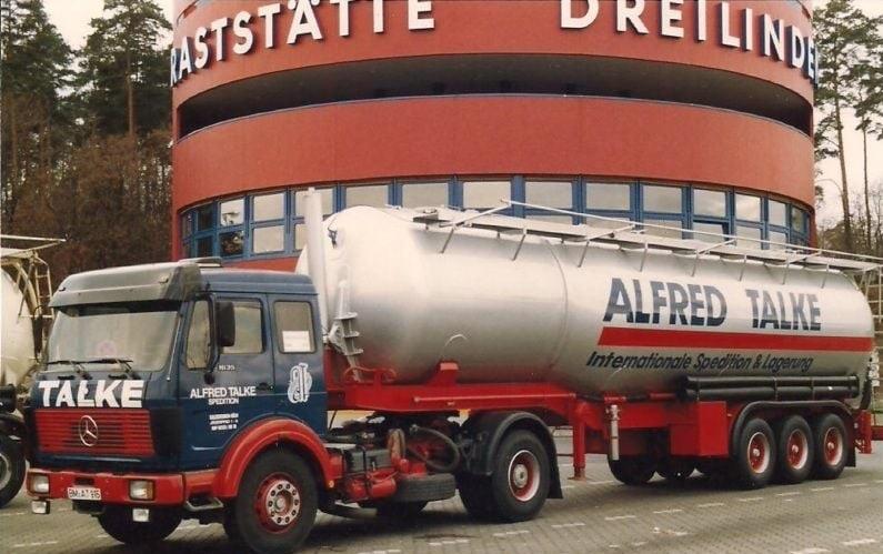 Mercedes-bij-Berlijn-