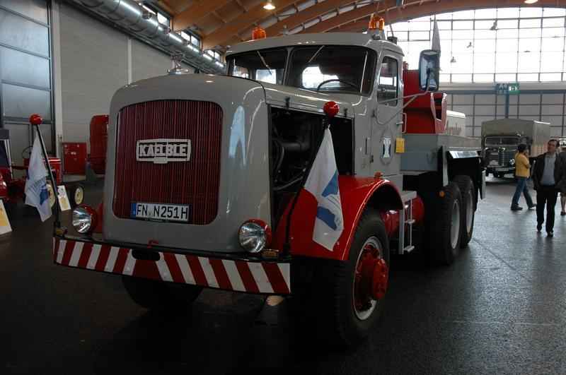 Kaelble-833E-Z-300-1961-300-PK-20-ltr-V8--3-stuks-gebouwd-(1)