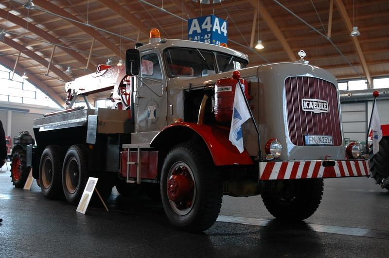 Kaelble-833E-Z-300-1961-300-PK-20-ltr-V8--3-stuks-gebouwd-(3)