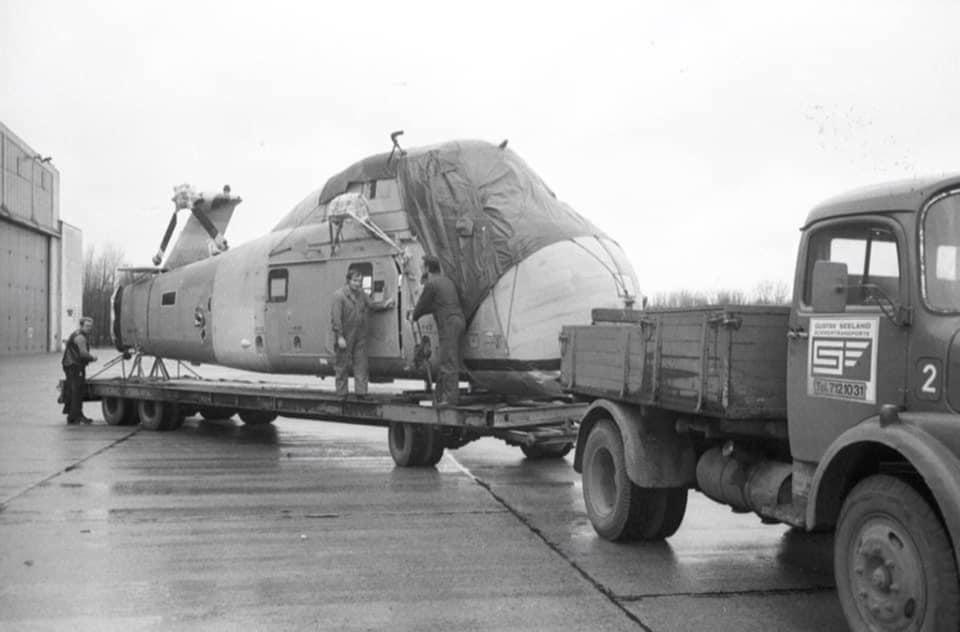 Mercedes-Gustav-Seeland-im-Januar-1974-im-Marinefliegerhorst-Kiel-Holtenau-