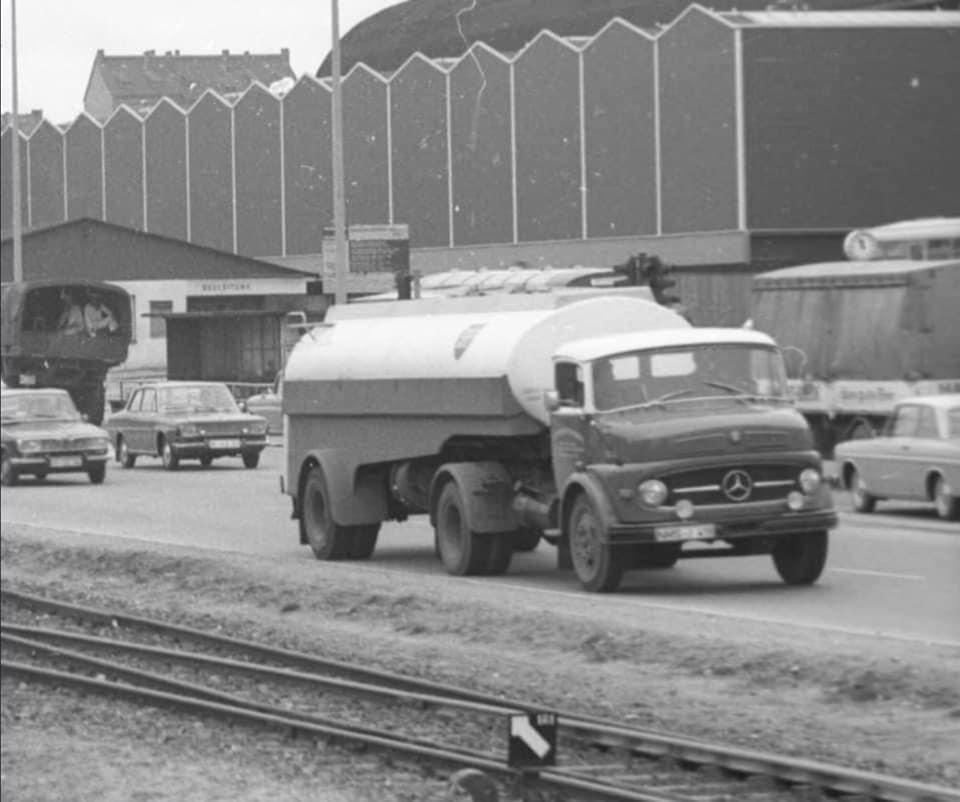 Mercedes-LP-MHG-Mineralol-Handels-Gesellschaft-04-10-1968--
