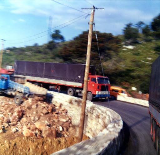 Ger--Zelissen--op-weg-naar-Fentimiglia-en-Loetje-op-de-F-88-die-geen-paspoort-had