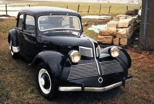 Citroen-Traction-Avant-11-BL-by-Emile-Tonelline-1938---