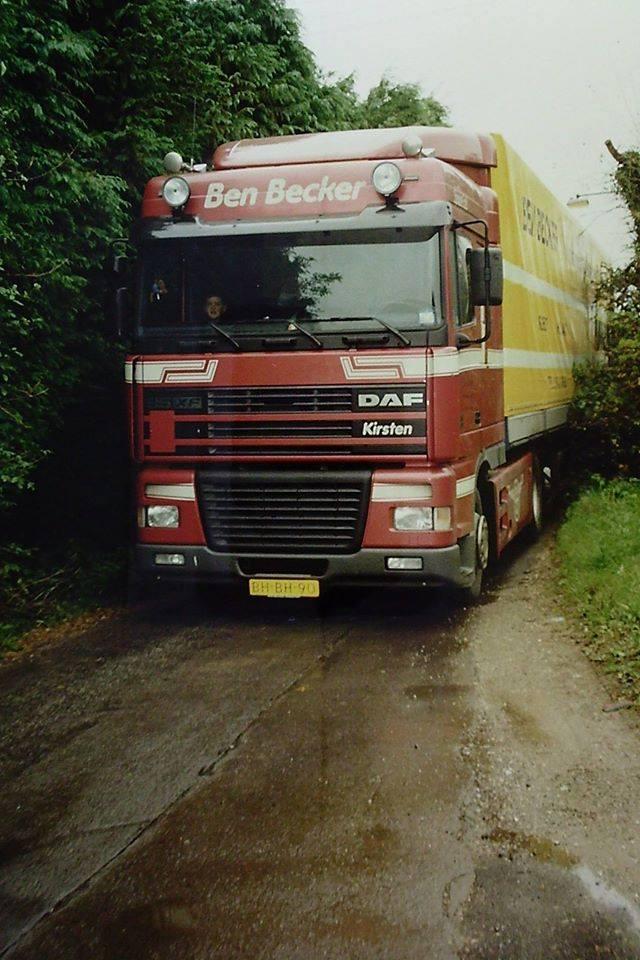 DAF-95--1999-BH-BH-90-Zuid-Wales-ergens-in-de-binnenlanden---Ron-van-Nieuwenhuizen-