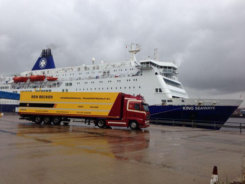 Volvo-aan-de-ferry
