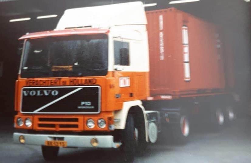 Volvo-F-10-die-Cor-van-zanten-nieuw-heeft-gehad-jaren-80