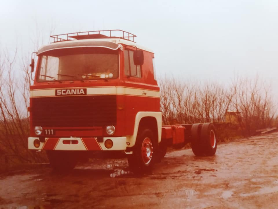 Jan-Slange-Scania-111--nog-zonder-bak-erop