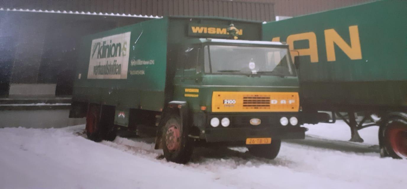 DAF-2100-Guus-van-der-Veer-Ik-reed-nog-wel-eens-met-Dick-in-Convoi-naar-Limburg--of-samen-terug-waspoeder-laden-bij-jutfaas