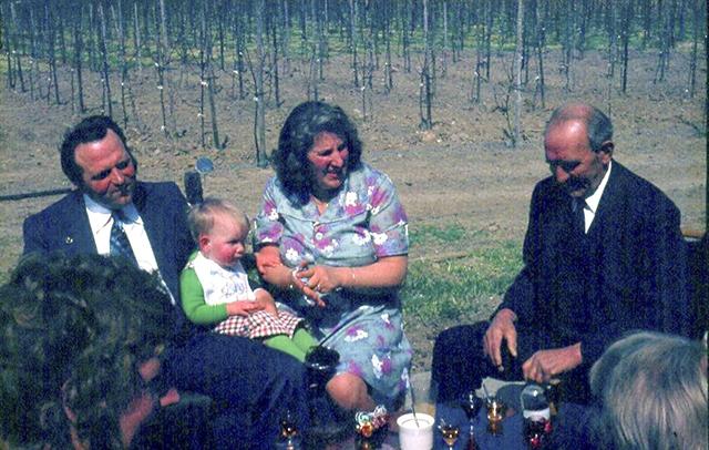 4-1976-Beb-Marco-Cor-en-Opakl