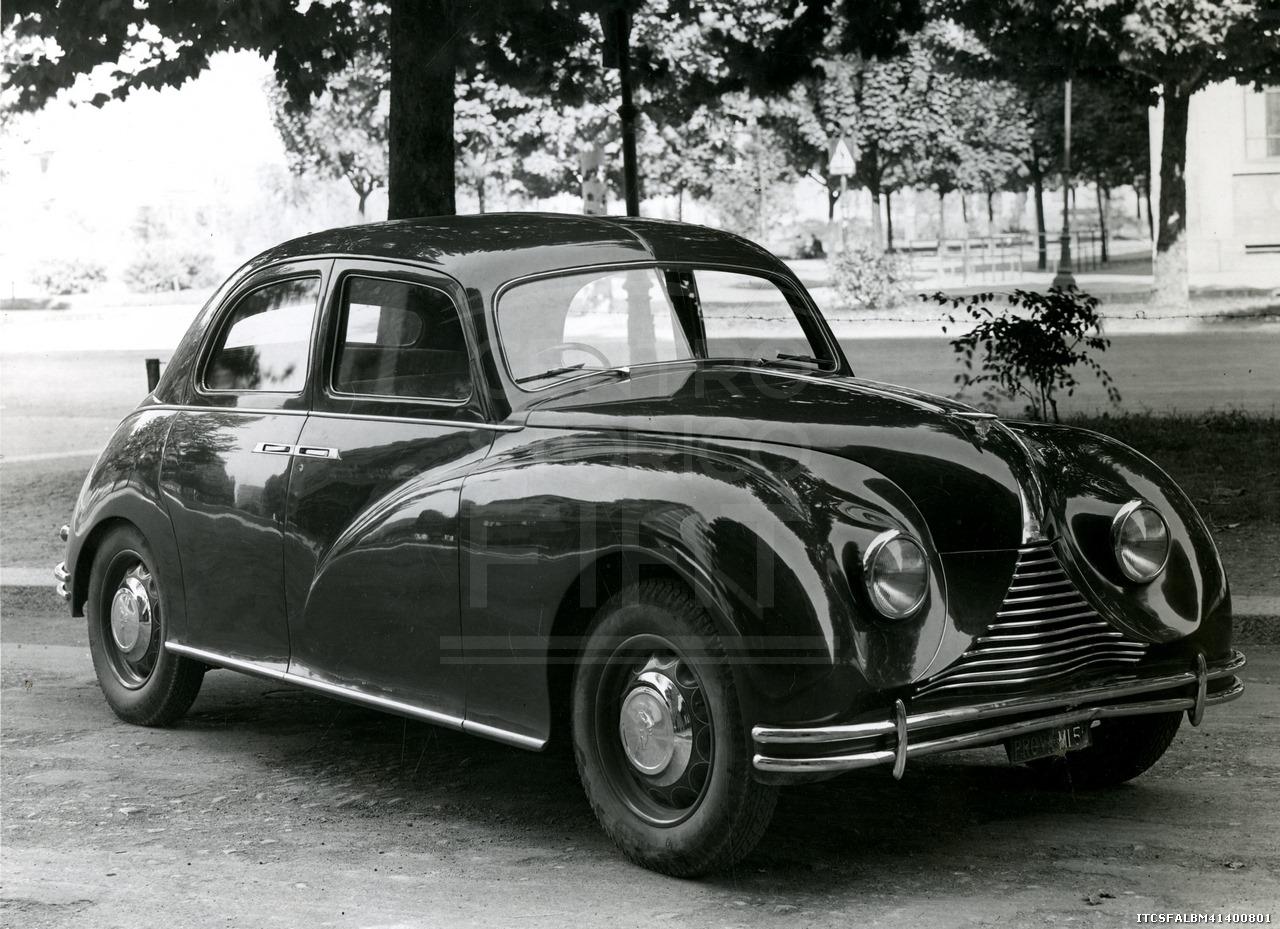 Auto-Bianchi-Vettura-V02-tipo-5-1947