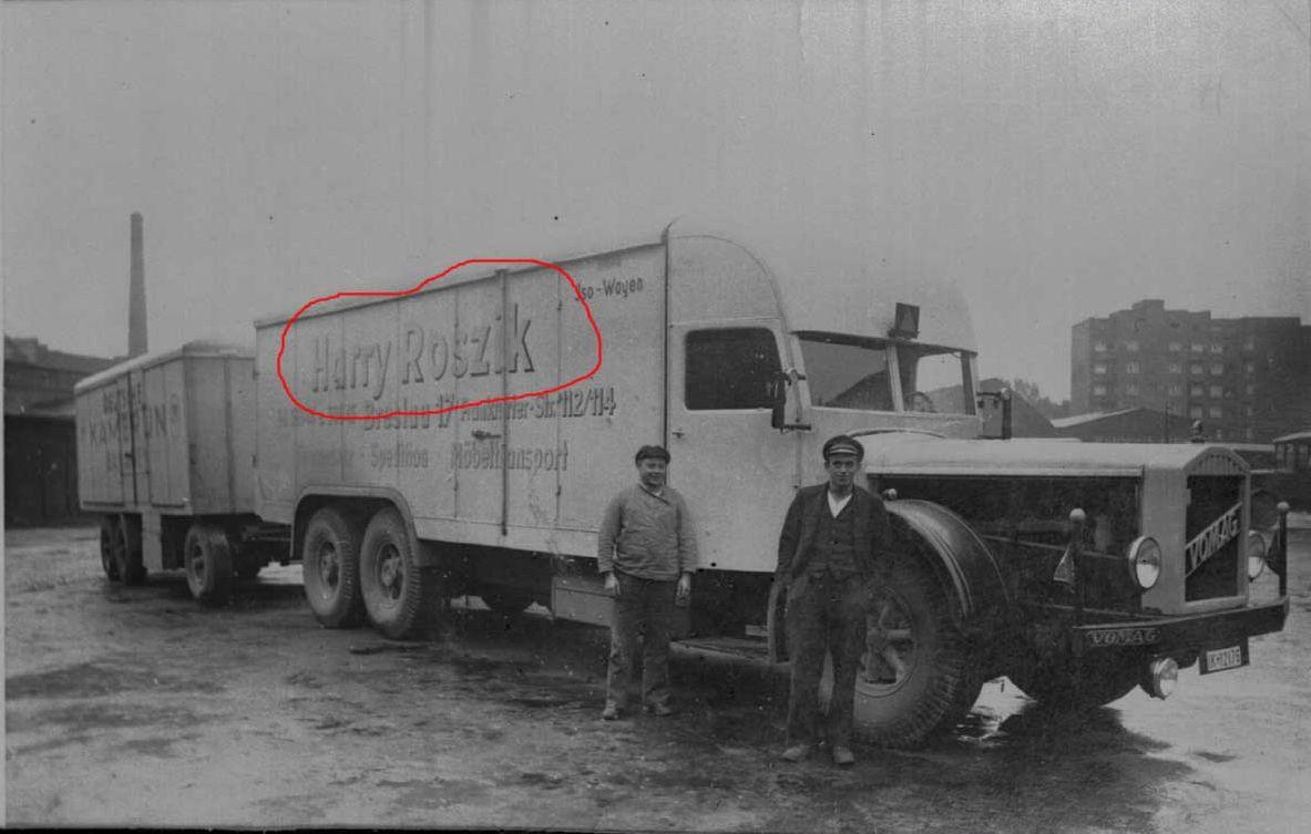 Vomag-8-LR-654-with-trailer