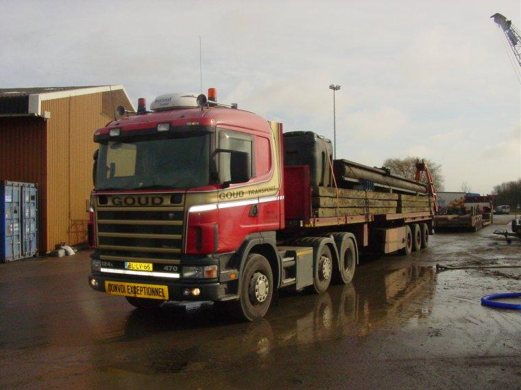 Scania-met-rij-balken