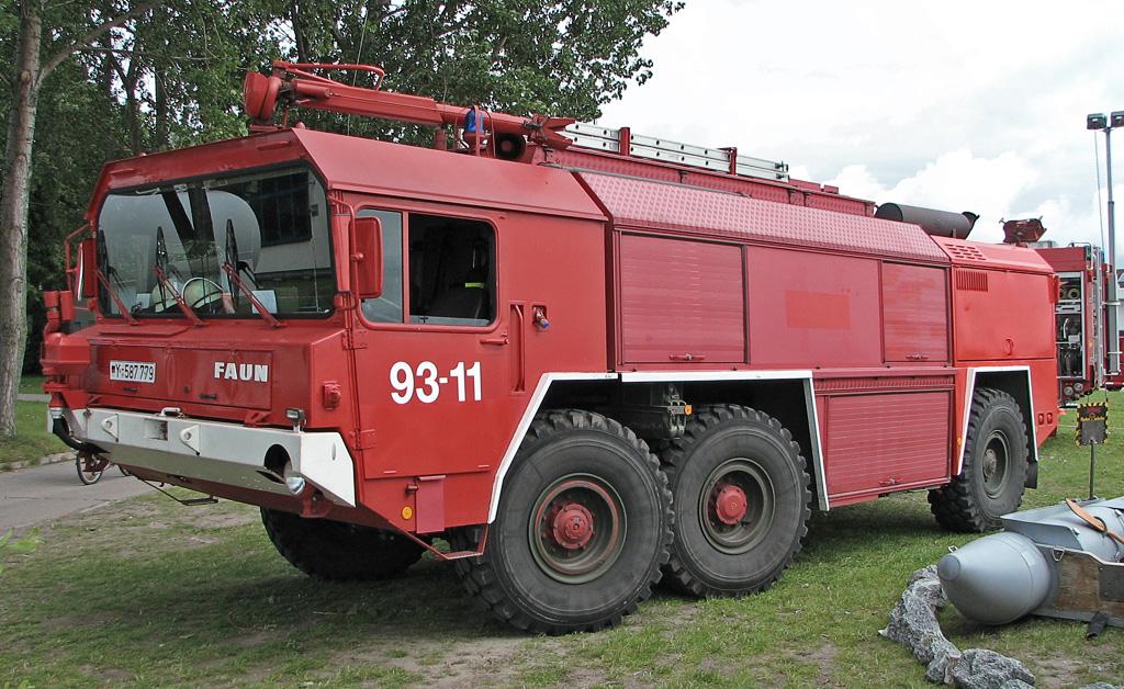 Faun-Großtankloschfahrzeug-GTLF-3500_2