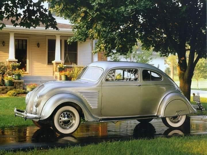 DeSoto-Airflow-Coupe-1934