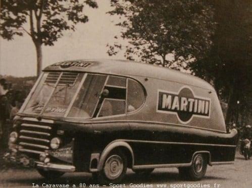 Renault-Fourgon-2-5-tonnes-1953-tour-de-france