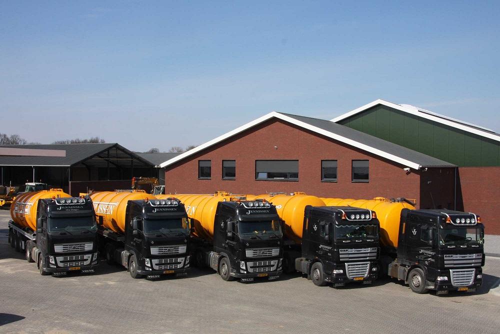 Mest-transport-vrachtwagens-
