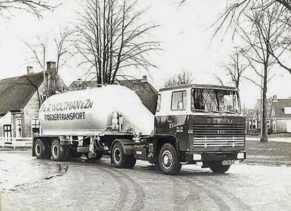 Scania-110-super-Poeder-transport--