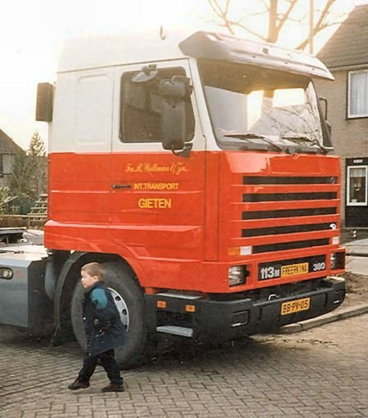 Scania-113M--380-BB-PV-05-