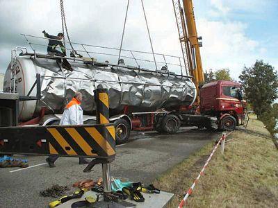 Scania-te-water-door-breken-stuurstang-Stroobos--(5)