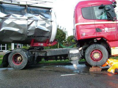Scania-te-water-door-breken-stuurstang-Stroobos--(9)