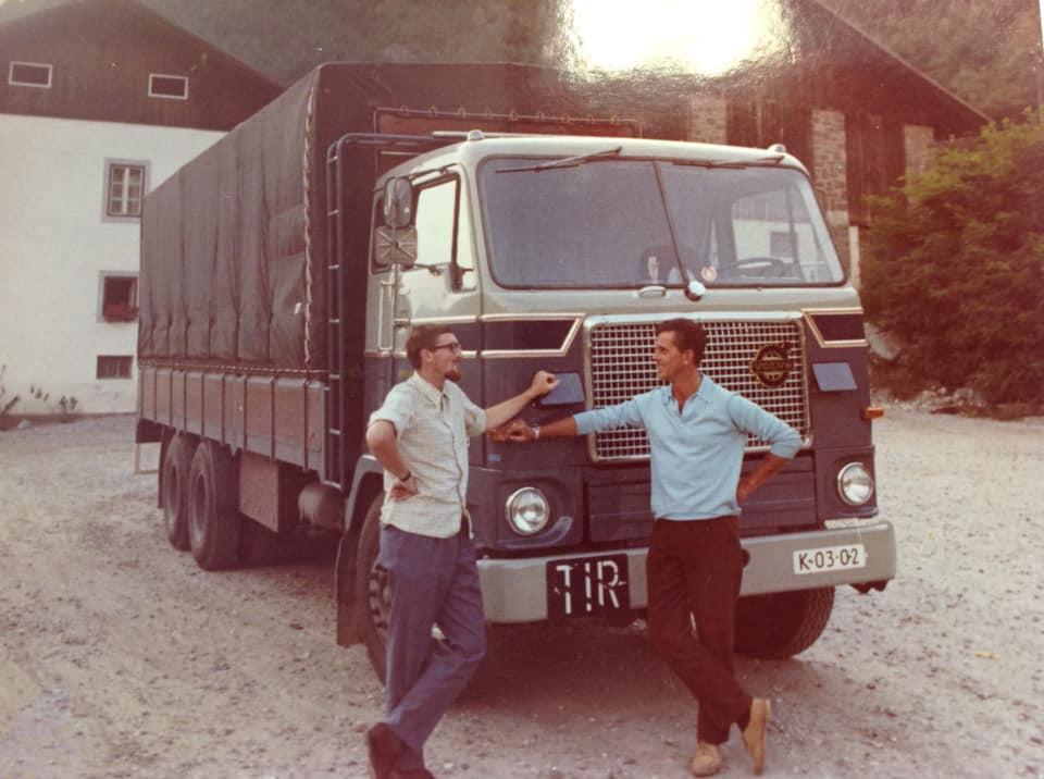 Age-de-Haan-ik-denk-rond-1967--samen-met-Tom-Bruin-bij-Maria-eerste-rit-met-de-ZV-05-89