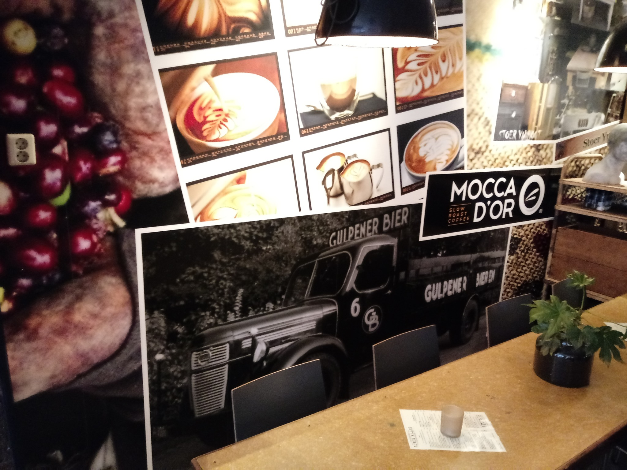 Volvo--Prachtige-foto--deze-foto-kwam-ik-vorig-jaar-in-een-brasserie-in-Heerenveen-tegen-Loek-Delnoy-foto