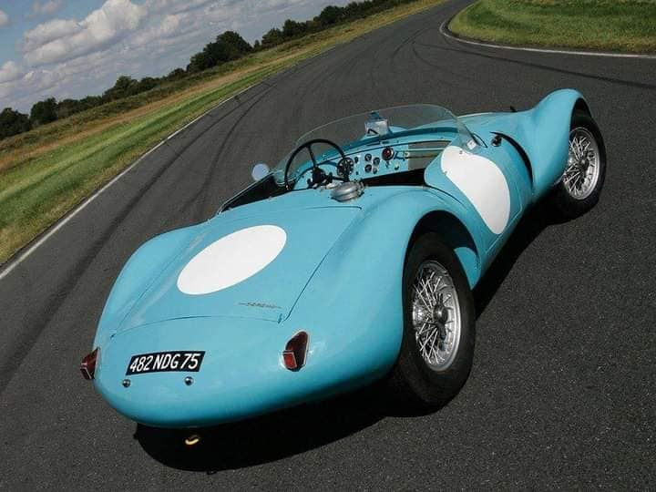 Gordini-Type-24-S-1953-32-zijn-er-gebouwd-in-verschillende-soorten-van-racing-(1)