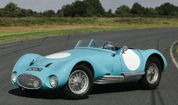 Gordini-Type-24-S-1953-32-zijn-er-gebouwd-in-verschillende-soorten-van-racing-(2)
