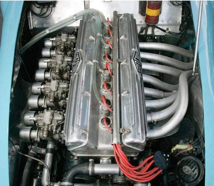 Gordini-Type-24-S-1953-32-zijn-er-gebouwd-in-verschillende-soorten-van-racing-(3)