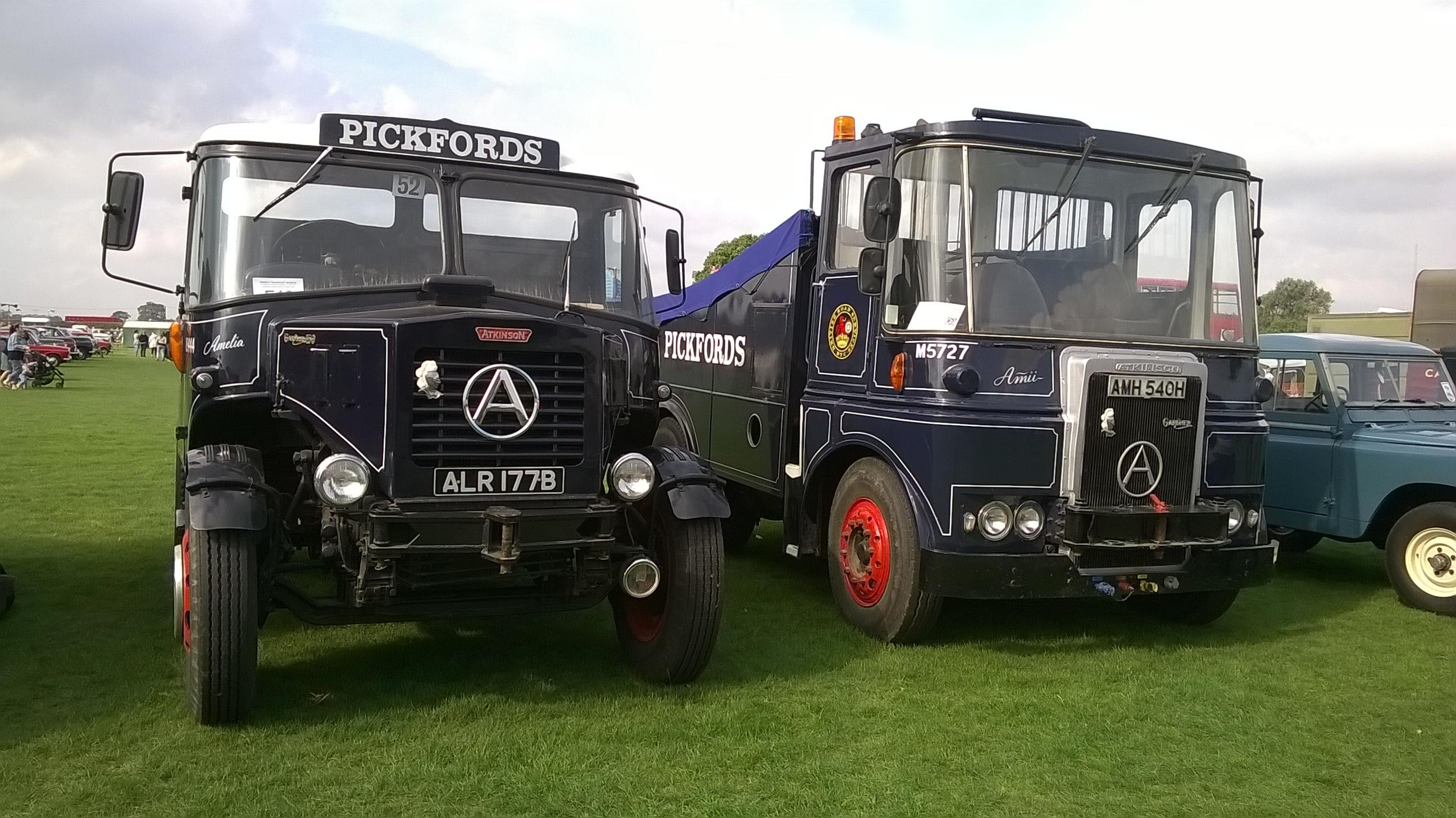 Atkinson_trucks_-Pickfords