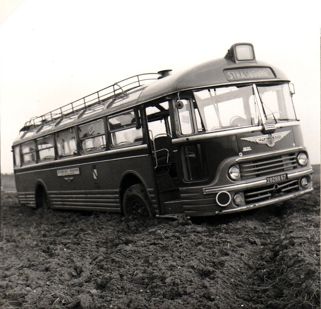 Chausson-Panhard-type-APH252---een-afslag-van-de-weg