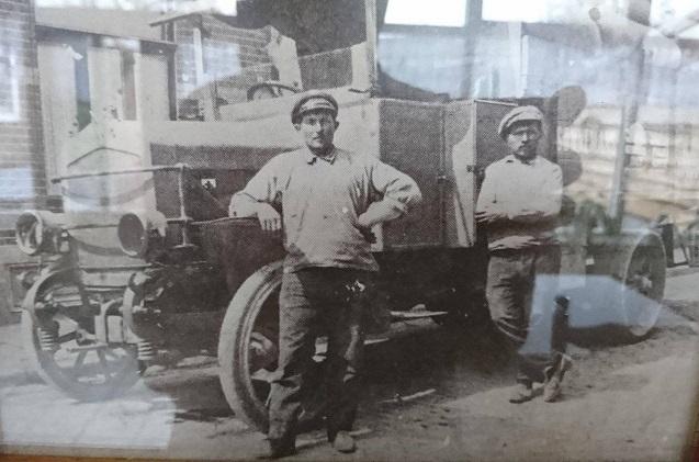 0-Mijn-opa-met-de-eerste-vrachtwagen-van-de-regio