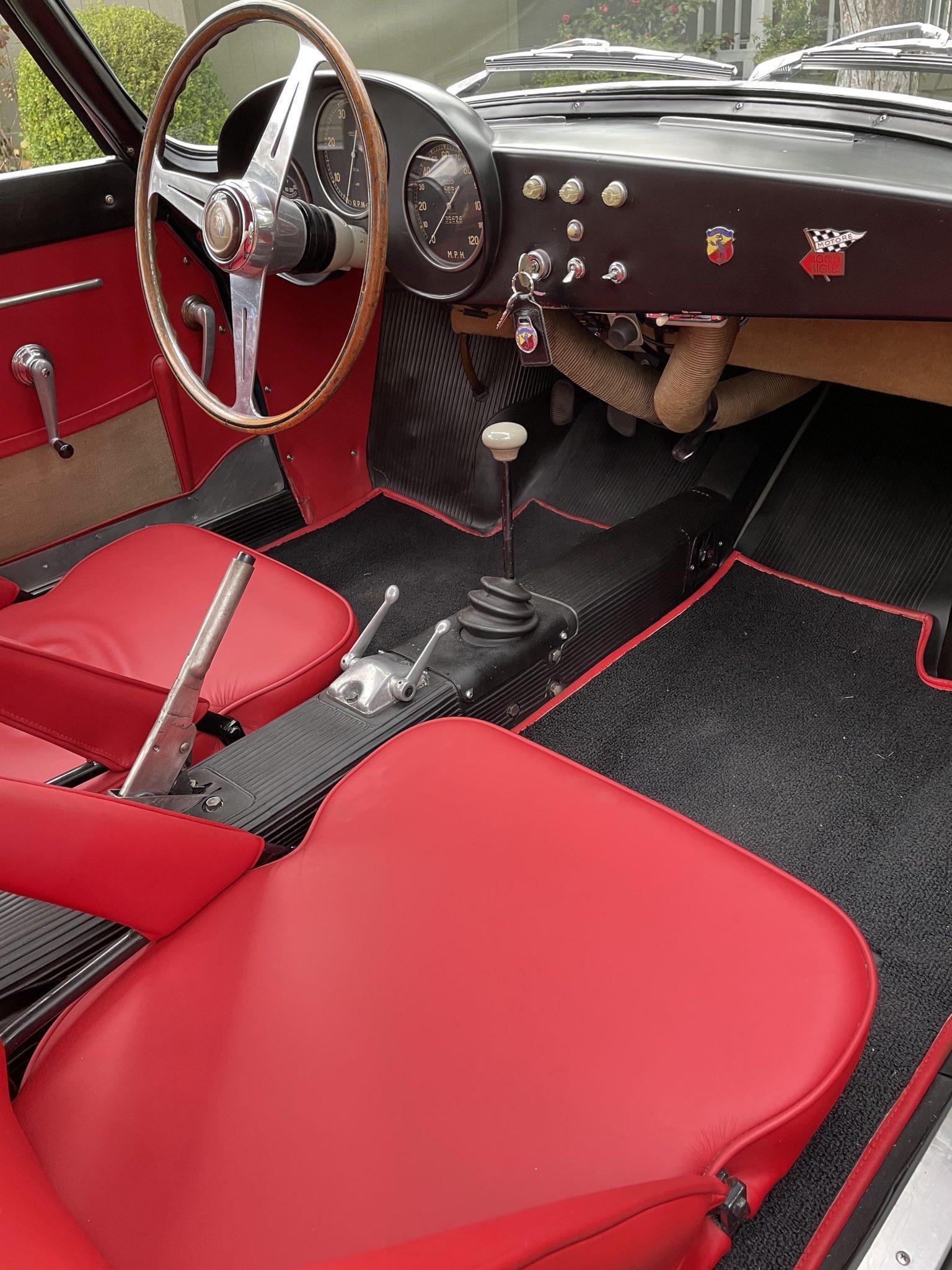 Fiat-Abarth-750-GT-Zagato-uit-1958-werd-nieuw-geleverd-in-Canada-en-werd-tot-in-de-jaren--1990-door-vier-eigenaren-geracet-(2)
