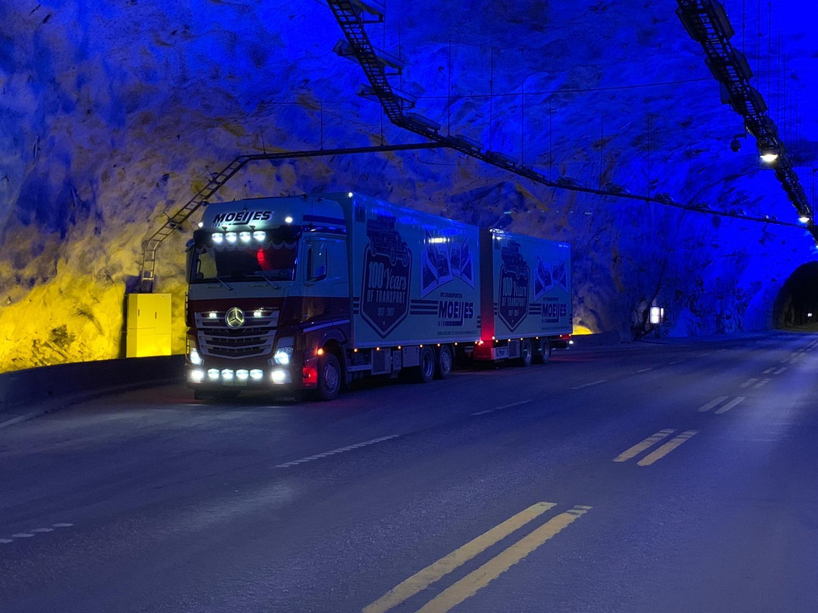 Danny-onderweg-naar-Bergen-in-Noowegen-Laerdalstunnel-23-3-2021--(5)