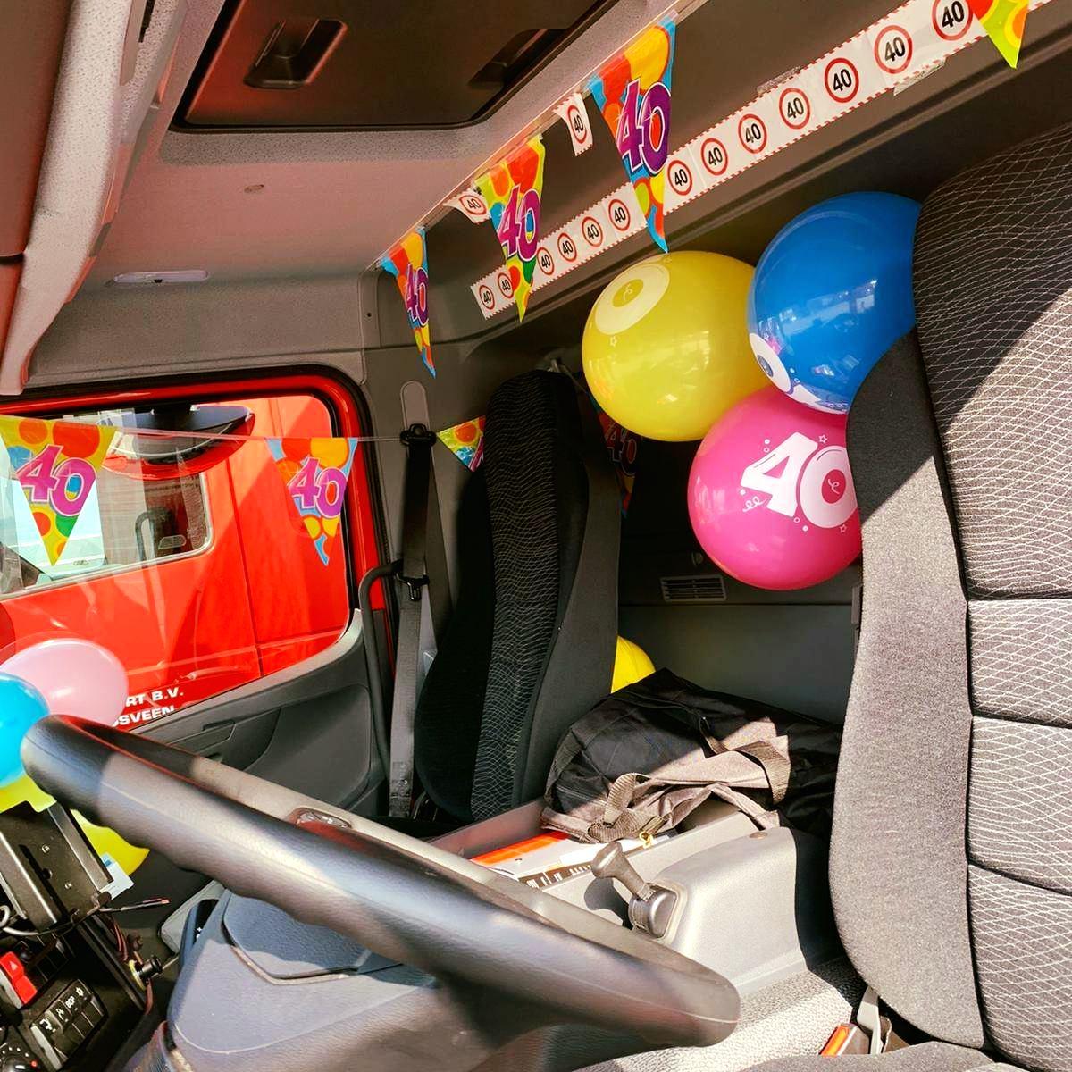 Nieuwe-Mercedes-Atego-voor-Linda-Krwinkel--en-dat-op-haar-verjaardag--23-3-2021-(4)