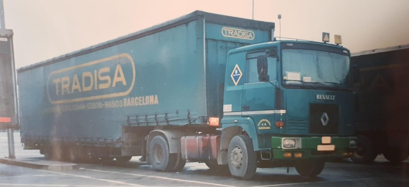 Renault--(3)