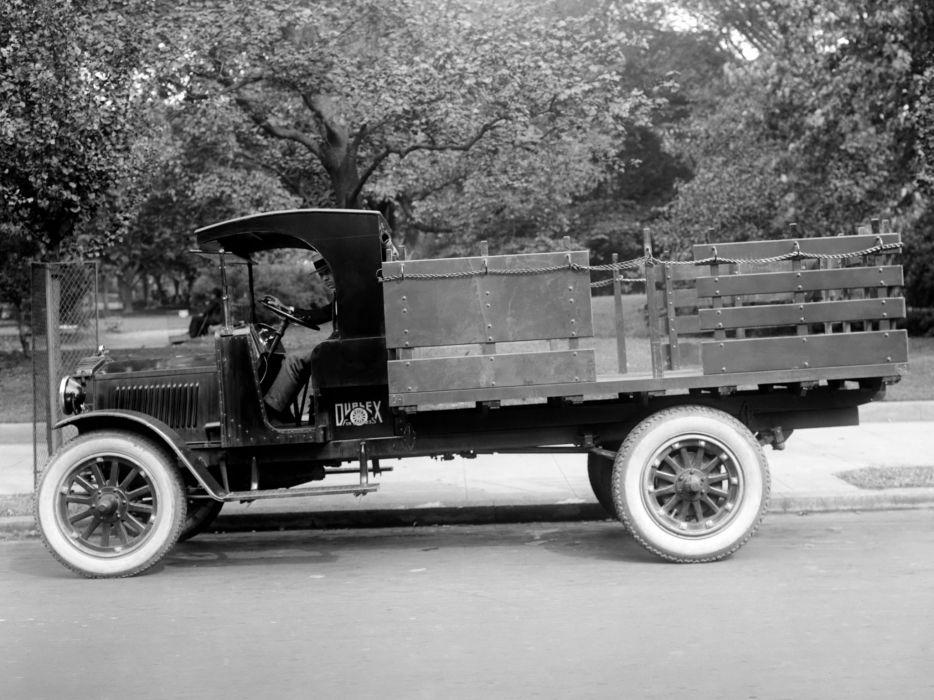 Duplex--1920