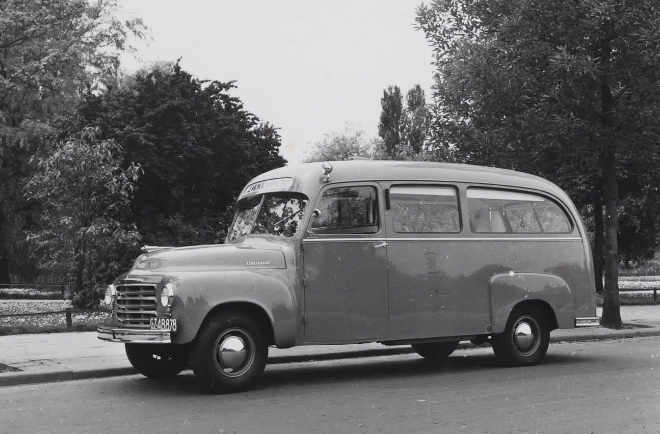 S-Z-Studebaker-1949-2R6