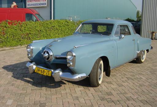 Studebaker-1950-Commenader-Stralight
