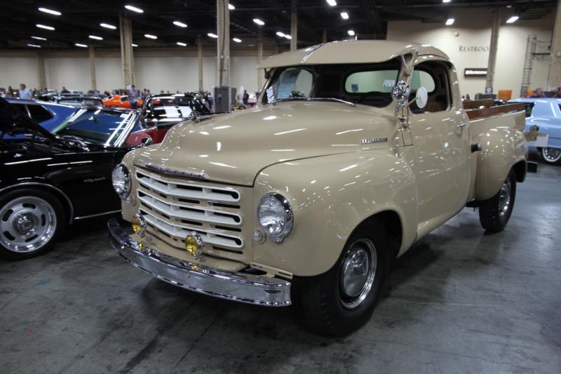 Studebaker_1949_-_Pickup_R527109_Overall-Barrett-Jackson-LasVegas