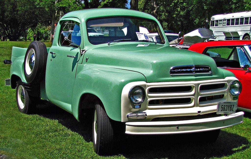 Studebaker_2E_series_Pickup-1956