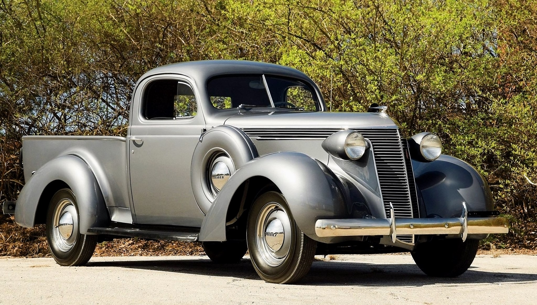 Studebaker-Coupe-Express--1937-39