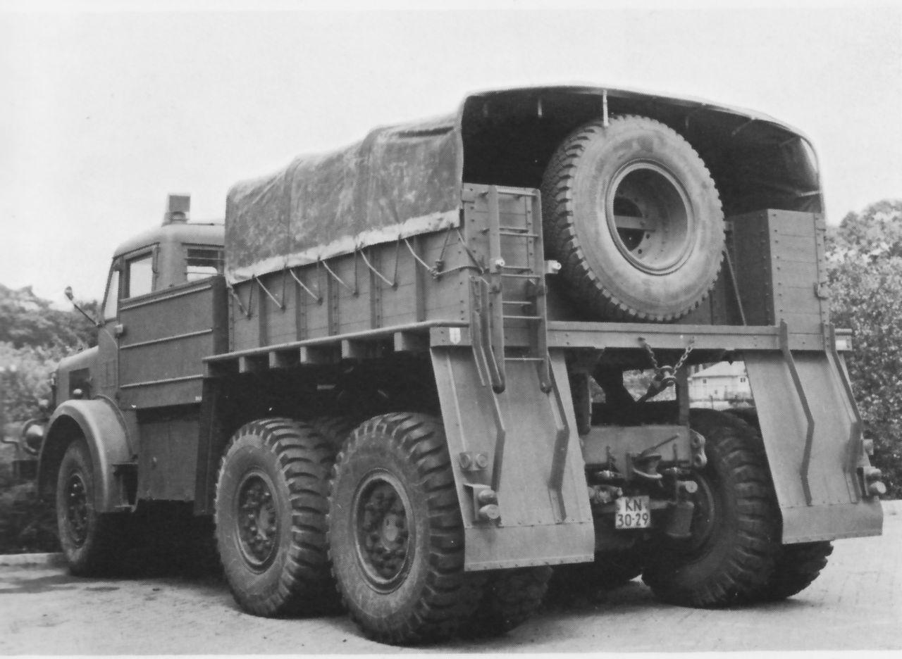 Antar_Truck_rear