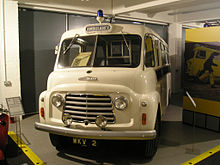 Commer-Ambulance_Coventry_Transport_Museum